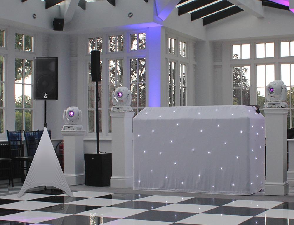 gorilla white tripod dj pa speaker stand scrim lycra covers. Black Bedroom Furniture Sets. Home Design Ideas