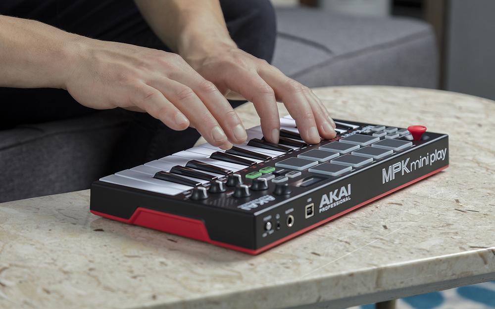 Akai MPK Mini Play | getinthemix com