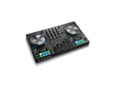 Native Instruments Traktor Kontrol S3 DJ Controller