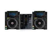 Pioneer CDJ-2000 NXS2 and Pioneer DJM350