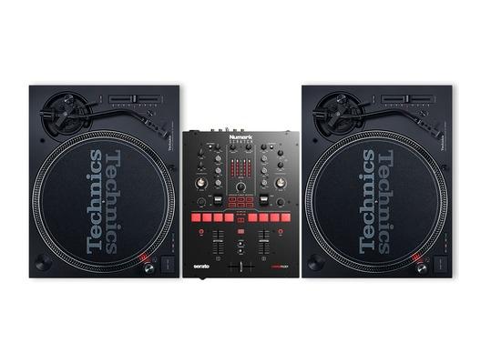 Technics SL1210 MK7 Pair & Numark Scratch